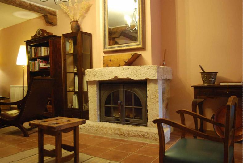 Poner tv sobre chimenea en tecnolog a electr nica de consumo - Poner chimenea en casa ...